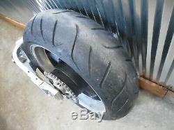 01-02 Suzuki Gsxr1000 Rearend Complet Pneu D'amortisseur De Jant Bras Oscillant Avec Frein