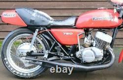 Complete Kawasaki H2 750 Triple Z900 Akront 18 Alliage Roue Arrière Avec Pneu De Course