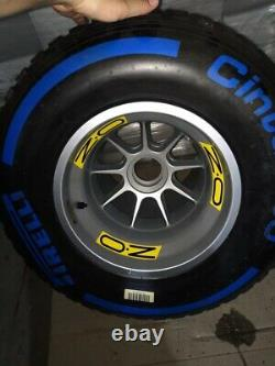 Nouveau Véritable Formule 1 Oz Racing Renault 13 Complète Jante Pneus Slick Fia