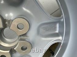Roues En Alliage Jaguar Xk8 Avec Pneus. 1 Ensemble De 5 Roues De Style Revolver