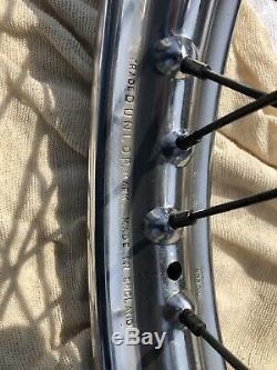 T160 (peut-être T120 Et T140) Triumph Roue Avant Complet Avec Rim Dunlop Wm2-19