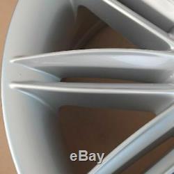 Véritable Bmw Série 1 E81 E87 Complète 4x Roue Jante En Alliage 17 Rayons Doubles M 207